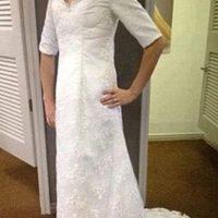 O un vestido que te hace ver como una lechera del siglo XVIII Foto:KnockOffNightmares