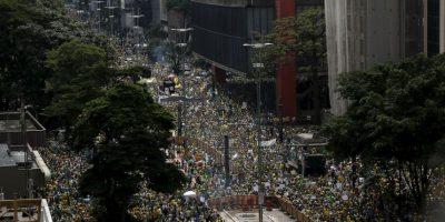 Impresionante protesta en Brasil, miles de personas contra Dilma Rousseff