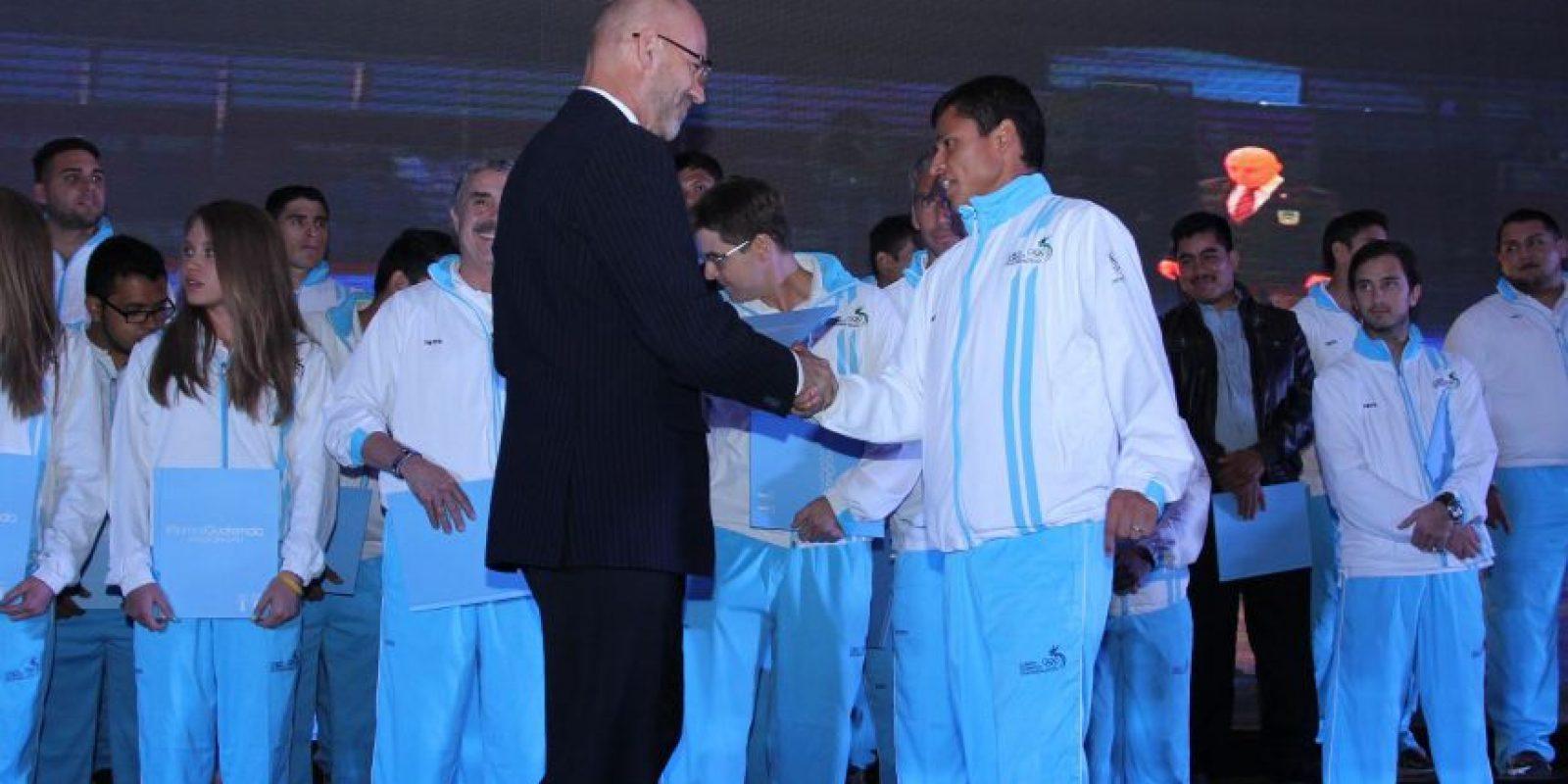 Gerardo Aguirre, presidente del COG, puso un transporte a disposición de Barrondo y sus compañeros de equipo. Foto:COG