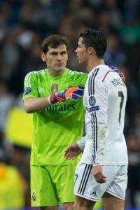 El capitán Iker Casillas lo ha regañado por no saludar a la afición. Foto:Getty Images