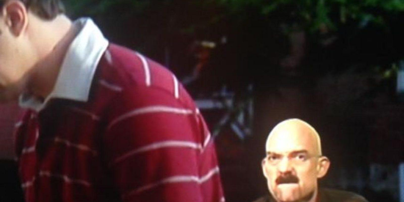 """Intérprete de lenguaje de señas durante la película """"The Inbetweeners"""" Foto:Twitter"""