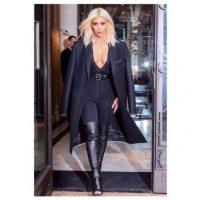 Y en ocasiones también imita su estilo de vestir Foto:Instagram @kimkardashian
