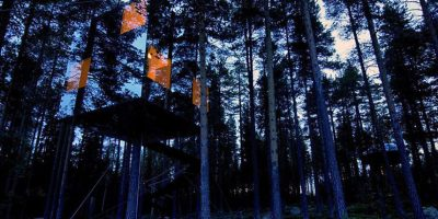 Casi invisible y perfecto para esconderse, la Cámara Espejo es parte del proyecto Tree Hotel en el norte de Suecia. Tan fresco como se ve, existe el miedo de que la casa resulte invisible para las aves. Foto:architecturendesign.net
