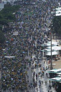 Participantes de ambos los actos están de acuerdo con que la democracia es el mejor sistema político. Foto:Getty Images