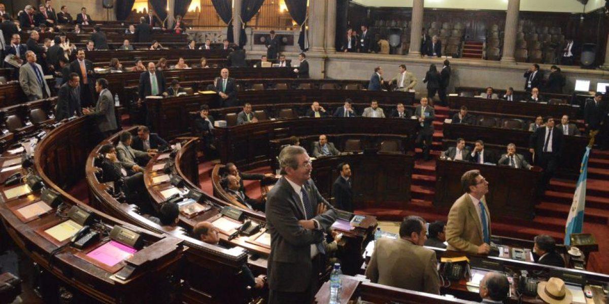 Después de 17 intentos, los congresistas sesionaron
