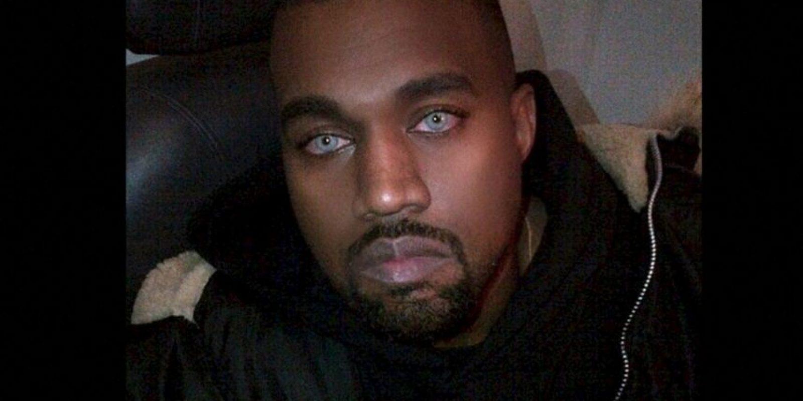 Kanye West con ojos azules Foto:Instagram @kimkardashian