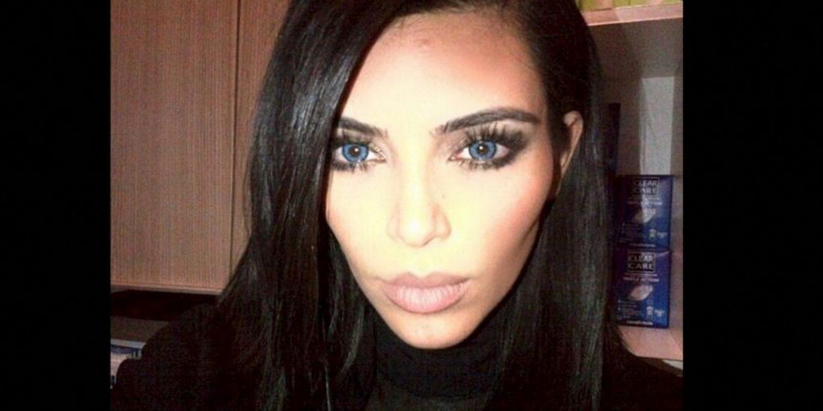 Kim con ojos azules Foto:Instagram @kimkardashian