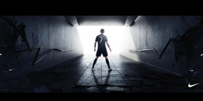Cristiano Ronaldo con su nuevo calzado. Foto:facebook.com/Cristiano