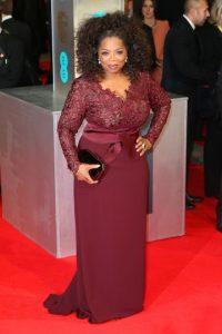 Desde hace años Oprah apoya a las niñas en Sudáfrica. Foto:Getty