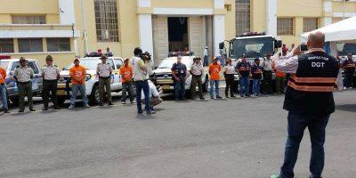 """En Semana Santa retirarán de las carreteras a los buses """"piratas"""""""