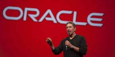 Este es Larry Ellison, fundador y director de la compañía de software Oracle. Esta empresa desarrolla potentes bases de datos y programas con una capacidad industrial tremenda. La mayor parte de su software es utilizado por la industria y ciencia. Él posee la jugosa cantidad de 54 mil 300 millones de dólares. Foto:Getty Images