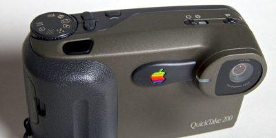 """La fotografía también tuvo un breve romance con Apple. QuickTake Camera se planeó como una """"la cámara"""" de Apple, pero el exhorbitante precio de 700 dólares, en 1995, no la dejó brillar por mucho tiempo. Foto:Vía commons.wikimedia.org"""