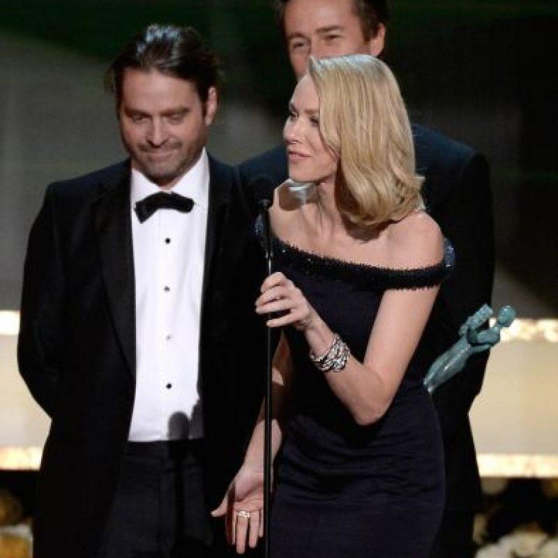 Durante la entrega de los premios SAG Awards 2015, el actor sorprendió con su drástico cambio de look en el que recortó su barba y perdió varios kilos. Foto:Getty Images