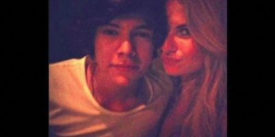 En 2012, cuando la modelo comenzó a salir con Harry Styles, se vio forzada a cerrar su cuenta en Facebook y Twitter, esto debido a que las fans no paraban de lanzar amenazas contra ella. Foto:Foto: Twitter/Emma Ostilly ×