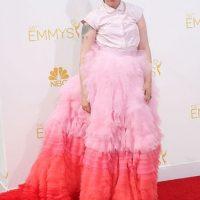 Lena Dunham, mostrando por qué una mujer de talla grande no puede lucir peor. Pero ella sí puede. Foto:Getty Images