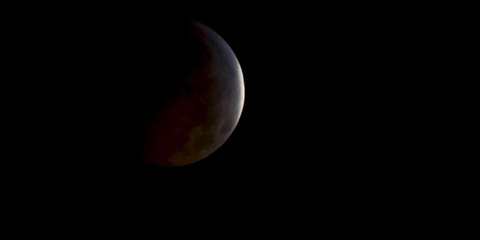 Así se ve un eclipse lunar desde el espacio. Foto:Getty
