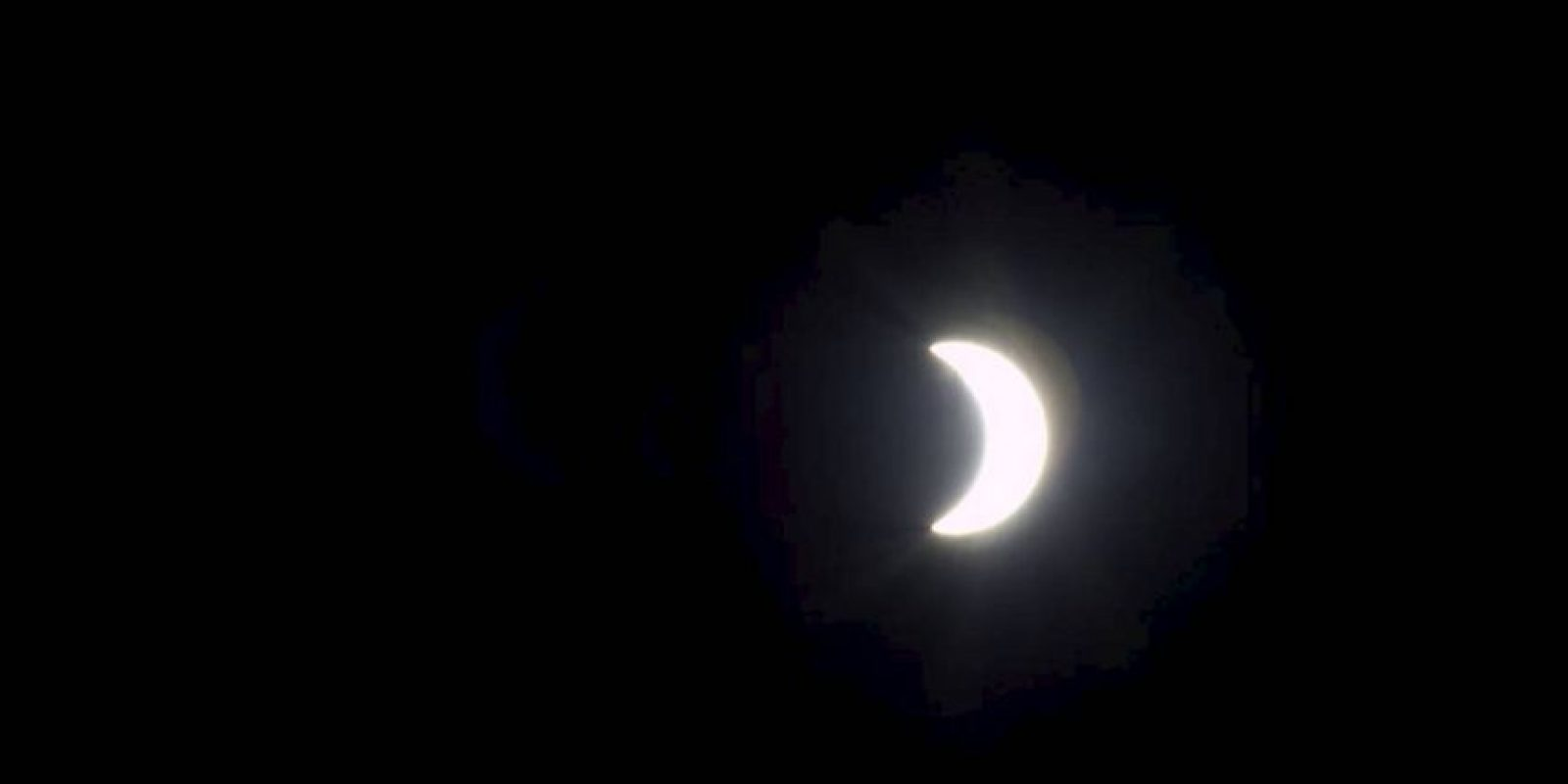 Esta es la verdadera foto publicada por la NASA del eclipse de este día. Foto:Getty