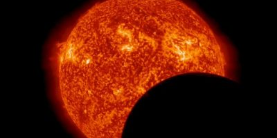 Fin de un eclipse solar desde el espacio. Foto:Vía http://www.nasa.gov/