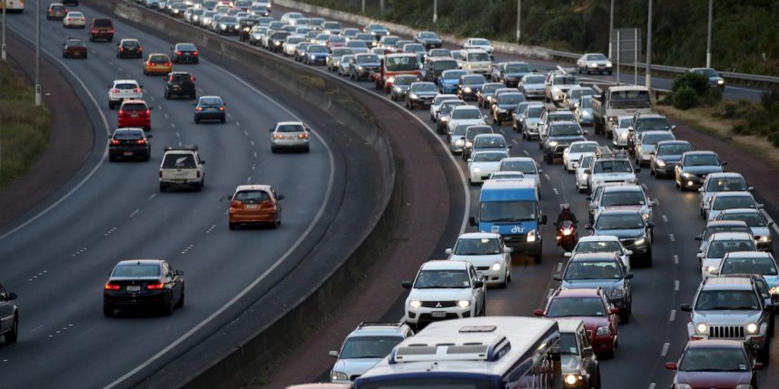 10. Controlar la temperatura dentro del automóvil: Un exceso de temperatura podría alterar su estado de ánimo Foto:Getty Images