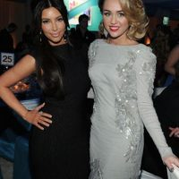 Miley Cyrus y Kim Kardashian Foto: Getty Images