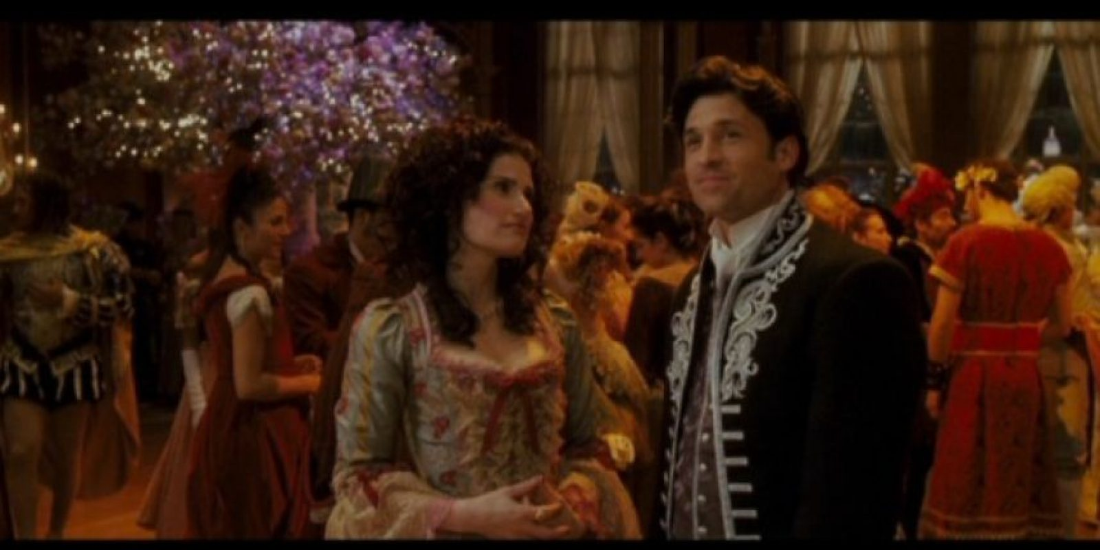 """También participó en la famosa cinta """"Enchanted"""" de Disney, junto a Amy Adams y Patrick Dempsey. Foto:YouTube"""