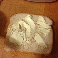 La mantequilla fría es de lo peor. Foto:BuzzFeed
