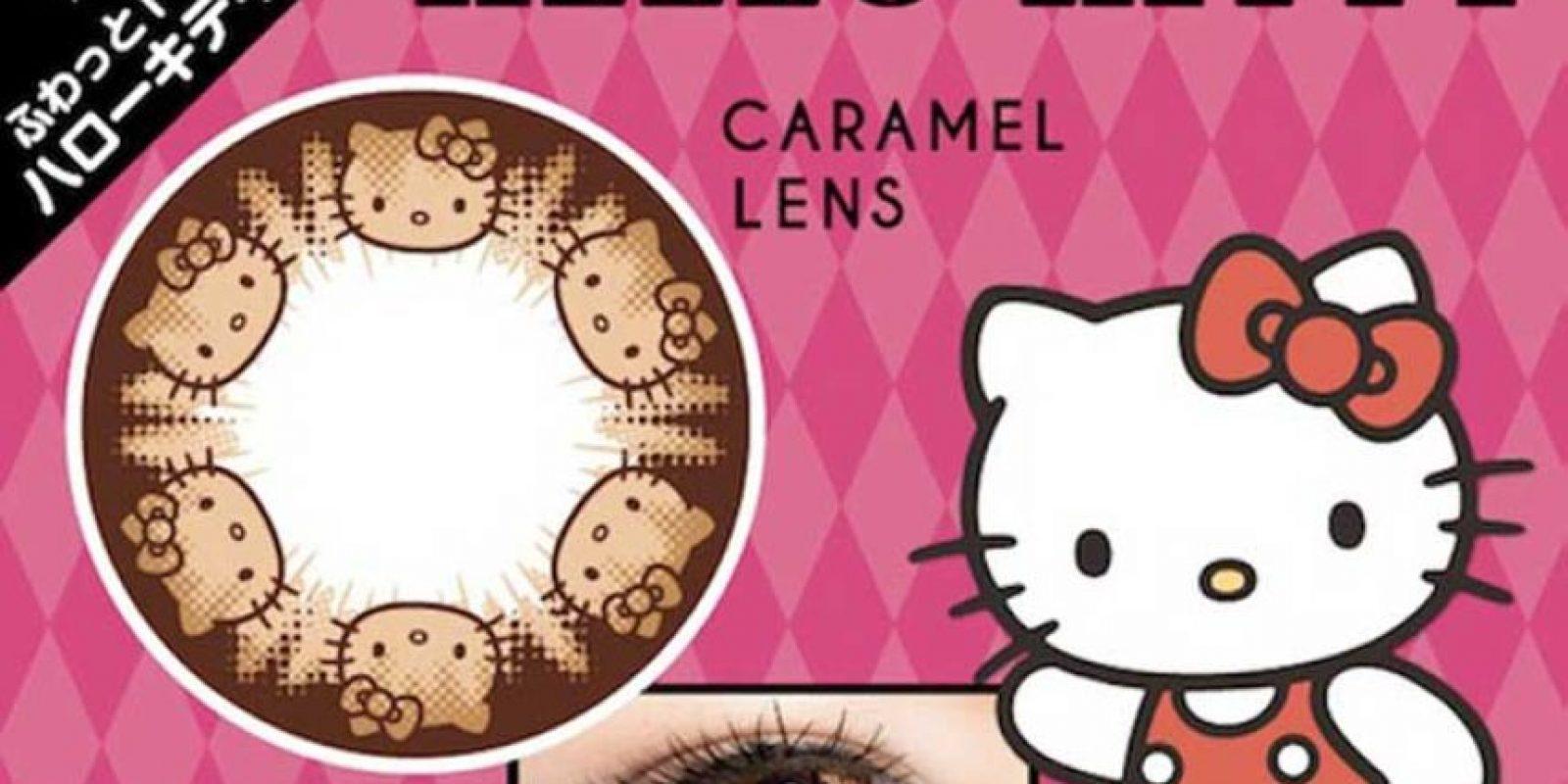 Lentes de contacto color caramelo de Hello Kity Foto:Upsocl