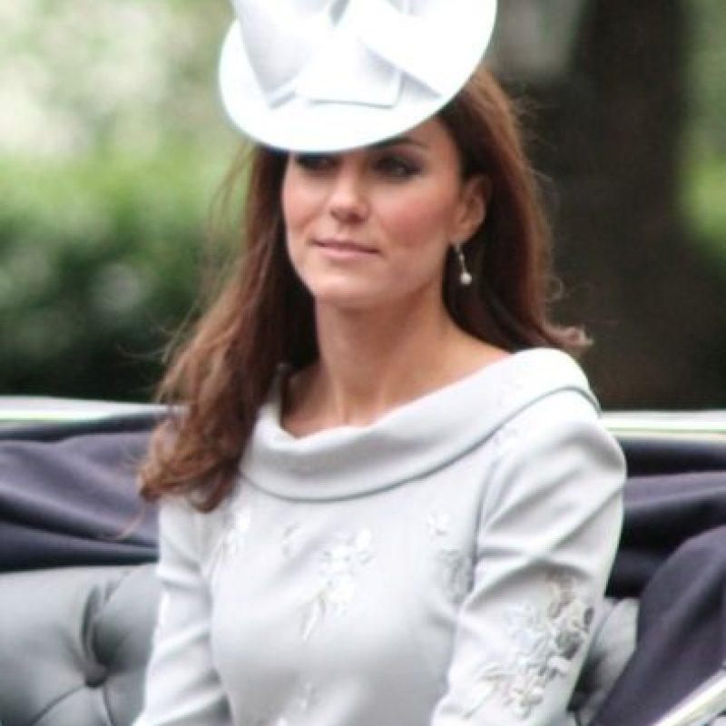 """OK! USA anunció en su portada del miércoles que la Duquesa de Cambridge """"salió corriendo al hospital"""". Foto:WIkipedia"""
