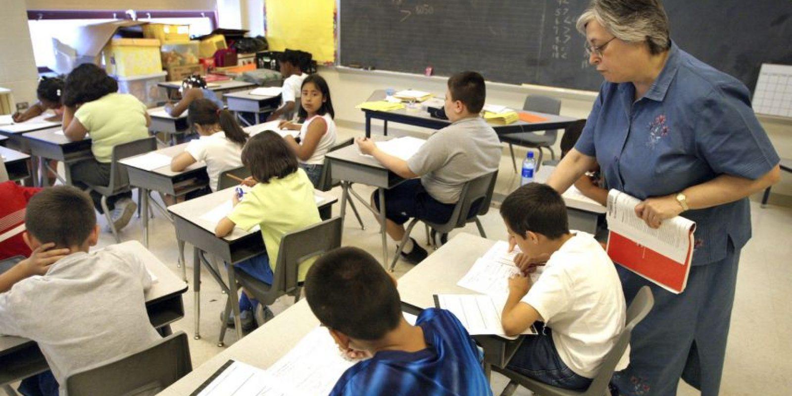 Estudiar cada tema: subrayar, hacer esquemas, resúmenes, etcétera Foto:Getty Images
