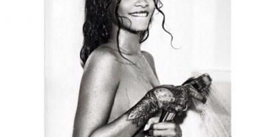 FOTO: ¡Sin pudor! Rihanna rasura sus axilas en Instagram
