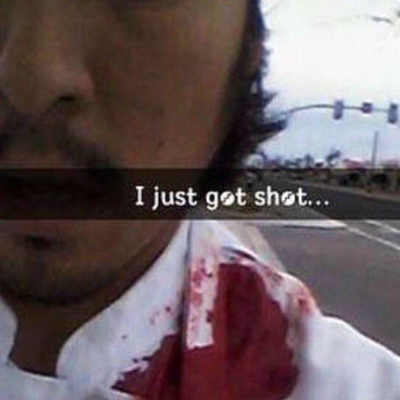 Isacc Martínez fue baleado a la altura del hombro izquierdo. Foto:Twitter