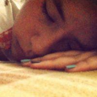 Un estudio realizado en la Universidad de Ontario (Canadá) el año pasado demostró que, después de una noche de sueño reparador, una persona mejora su habilidad en el aprendizaje de tareas motoras complejas. Foto:Tumblr.com/Tagged-dormida