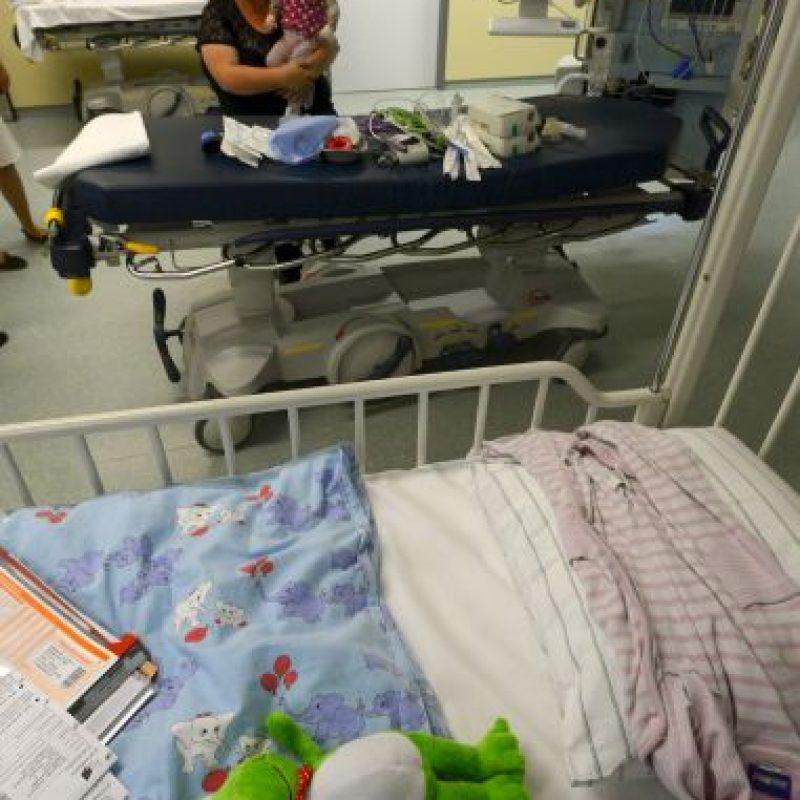 Pida ayuda médica de emergencia. Nunca intente rescatar a una persona sin antes notificar a otros Foto:Getty Images
