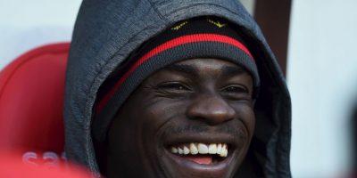 VIDEO: Mario Balotelli dedicó seña obscena a aficionados del Manchester United