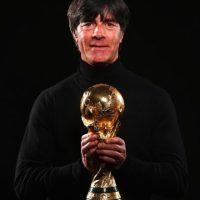 Nacio el 3 de febrero de 1960 y jugó fútbol profesional en Alemania de 1978 a 1995. Foto:Getty Images