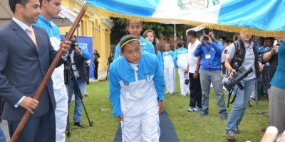 Jóvenes guatemaltecos juran entrega y sacrificio con miras al Mundial Escolar de Futbol