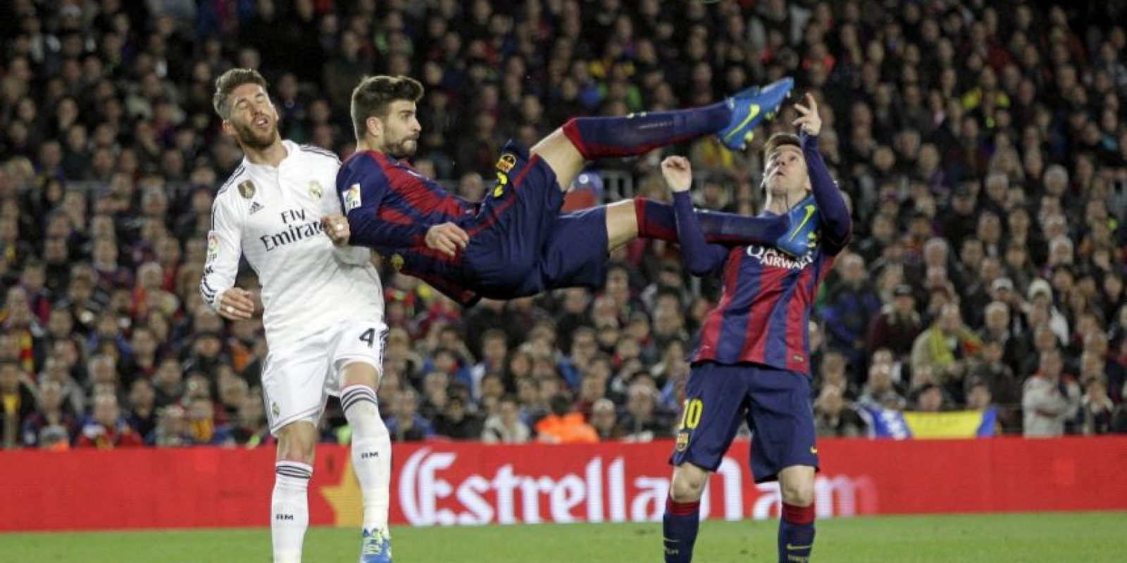 Los momentos más comentados fueron el final del partido, el primer gol de Cristiano Ronaldo y la anotación de Matthieu para el Barcelona Foto:AP