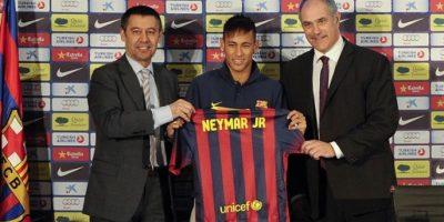 Fiscalía pide dos años de cárcel para presidente de Barcelona por caso Neymar