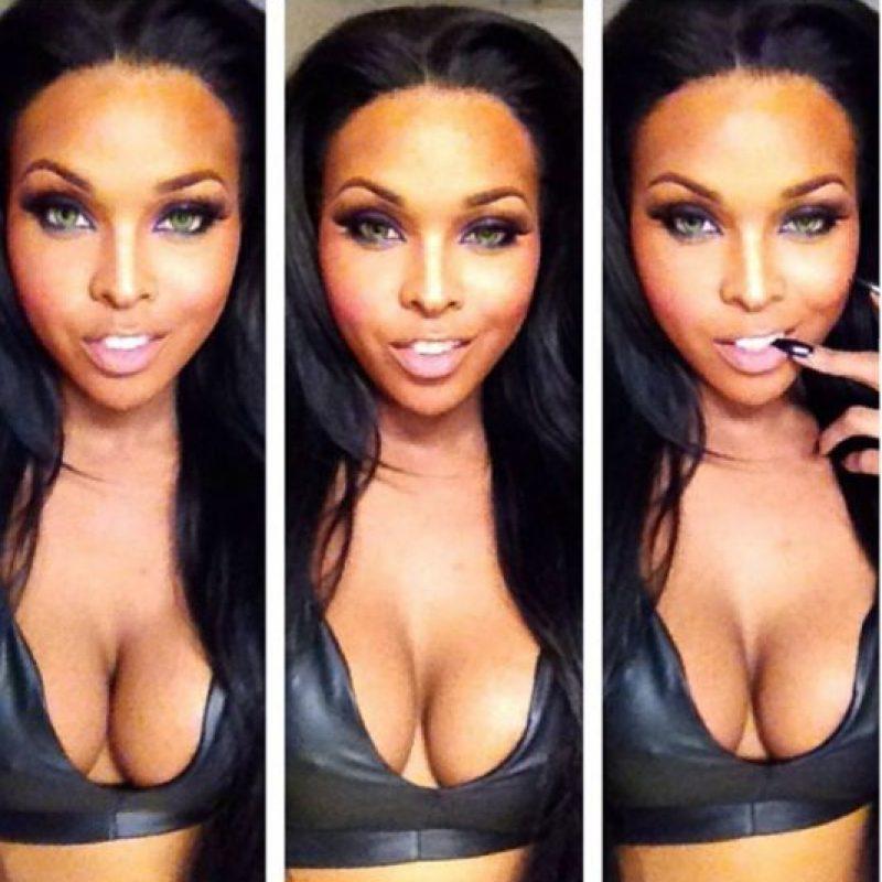 """Es modelo y también artista del maquillaje. Da tutoriales para """"convertirse en una diva"""". Foto:Facebook/Amiyah Scott"""