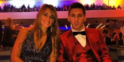 Un año antes, en 2014, el argentino también llamó la atención por su vestuario en el Balón de Oro. Foto:Instagram @antoroccuzzo88