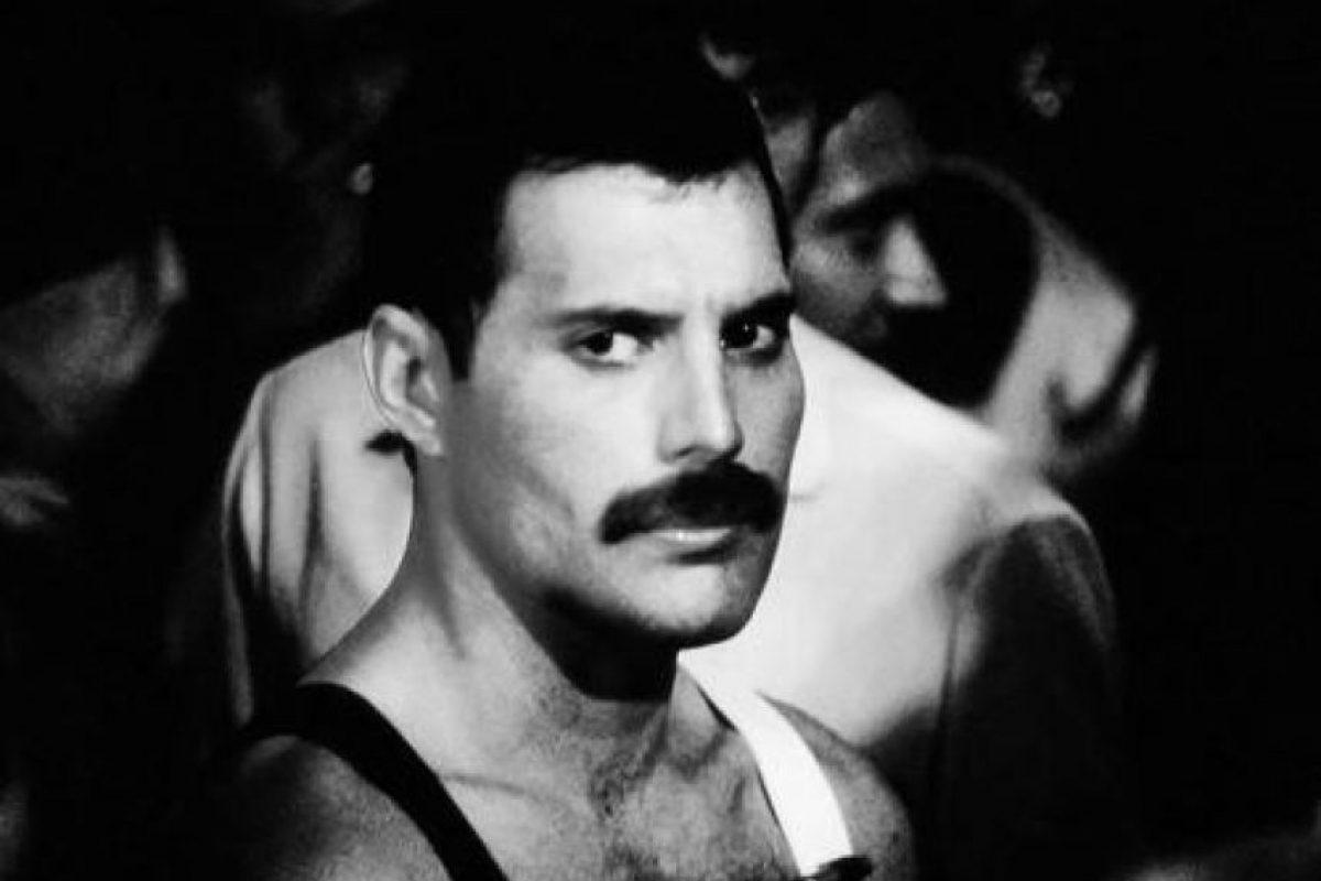 Otros actores como Dominic Cooper, Ben Whishaw y hasta Daniel Radcliffe han sido considerados para revivir al vocalista de Queen. Foto:Facebook/Freddie Mercury