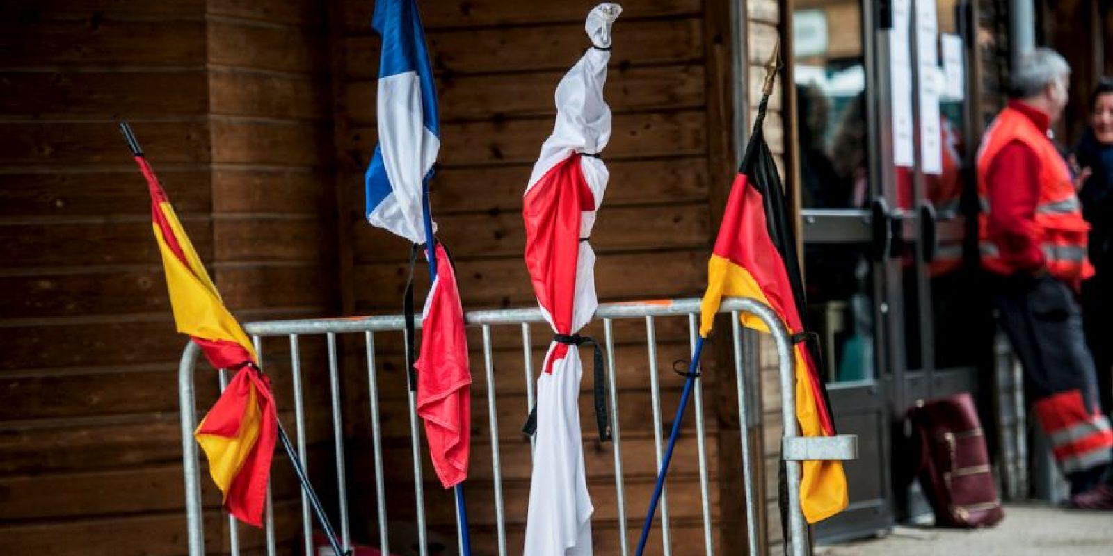 Países comparten el luto. Foto:AFP