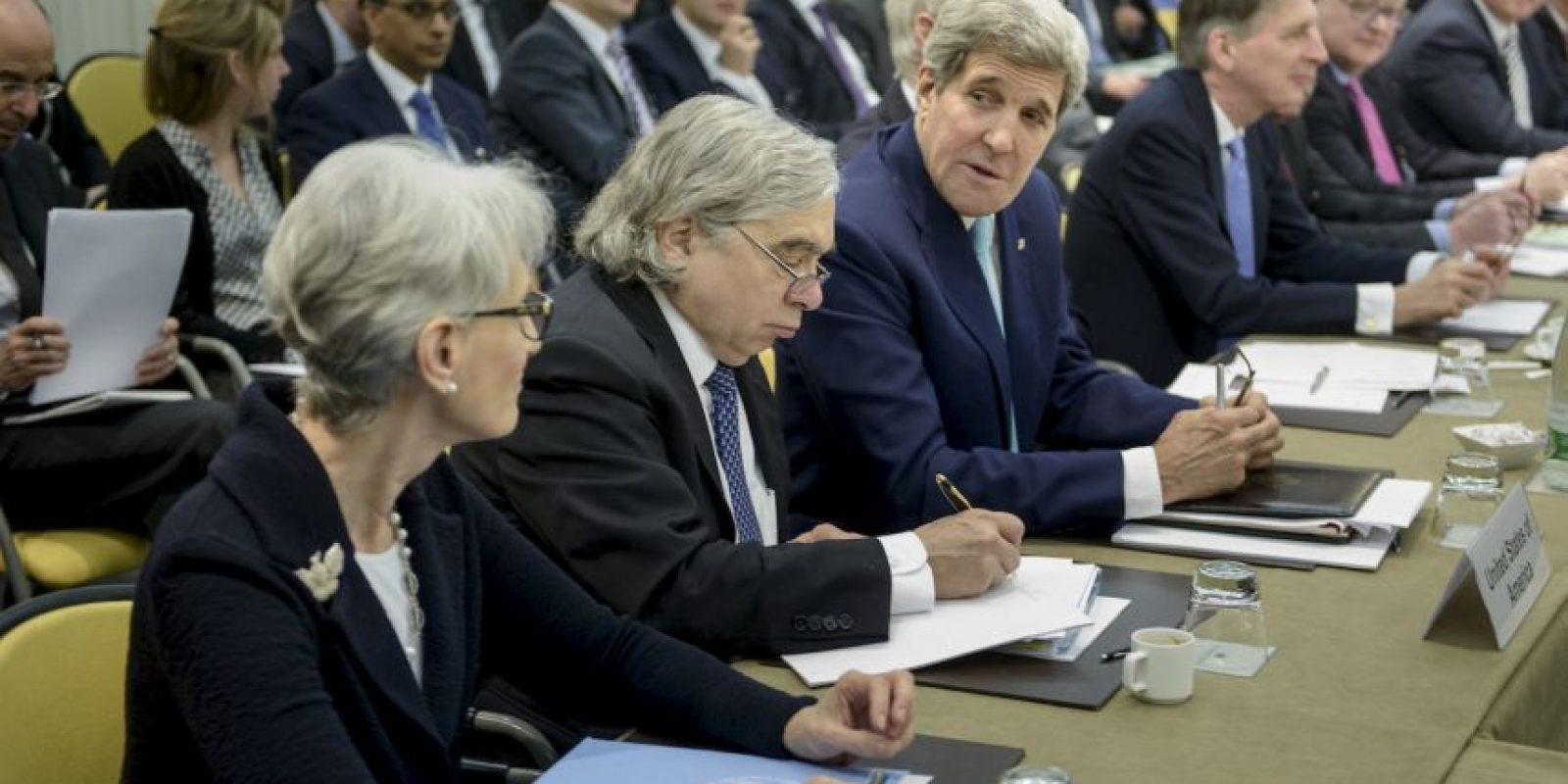 2. Ese medio indicó que las negociaciones han durando tanto tiempo debido a la desconfianza de Irán y Occidente. Foto:AFP