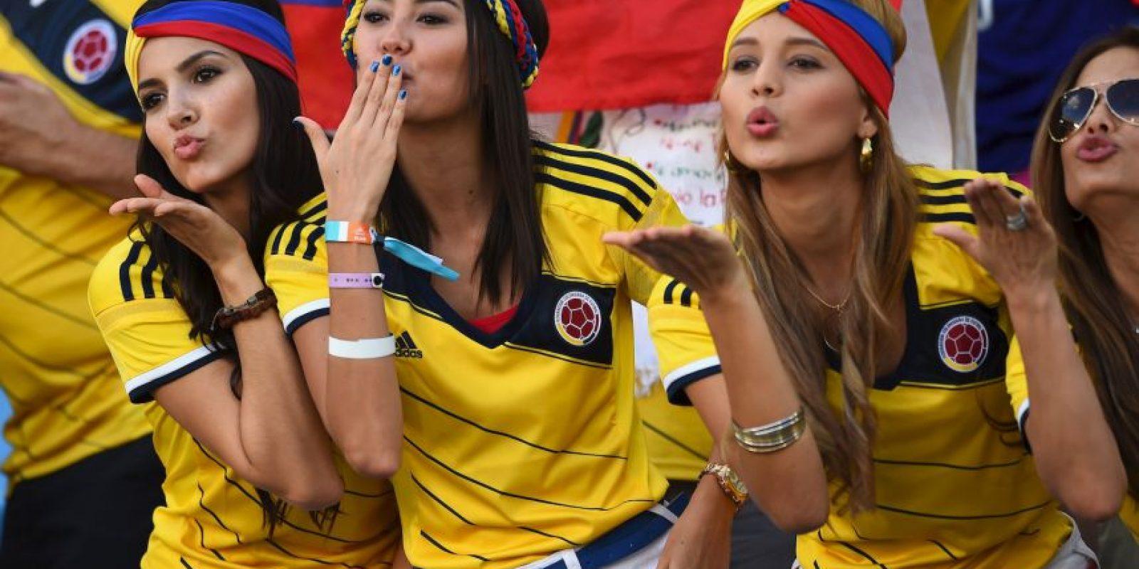 La belleza de las mujeres colombianas descontroló al defensa Pablo Armero. Foto:Getty Images