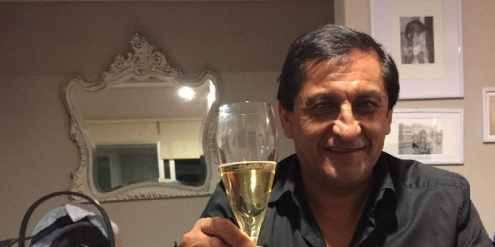 En su etapa como timonel de San Lorenzo portaba una camisa de rayas blancas y negras que le traía suerte Foto:Twitter