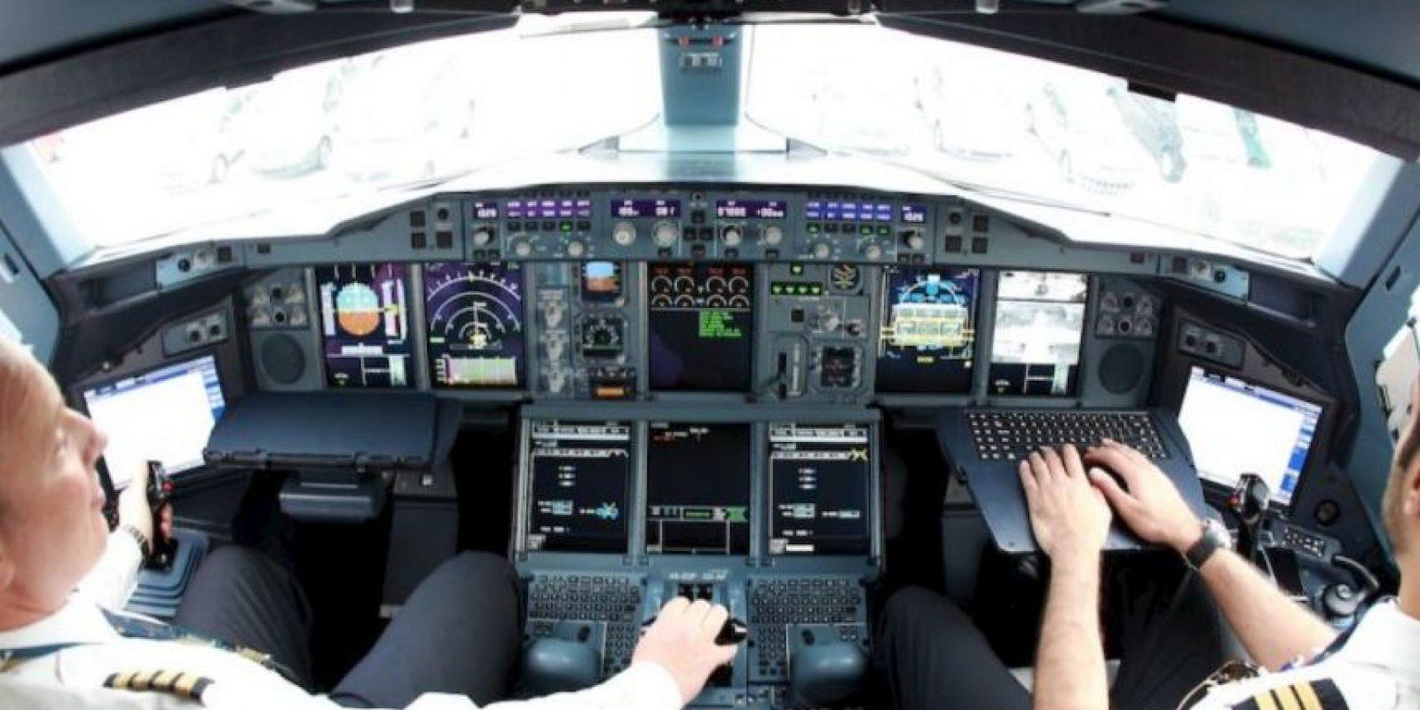 Obtuvo su licencia de vuelo en 2010 Foto:AFP