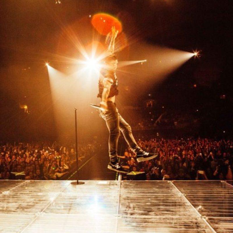 "Tiene un ""bromance"" con su compañero en ""The Voice"", Blake Shelton. Foto:Instagram/Adam Levine"