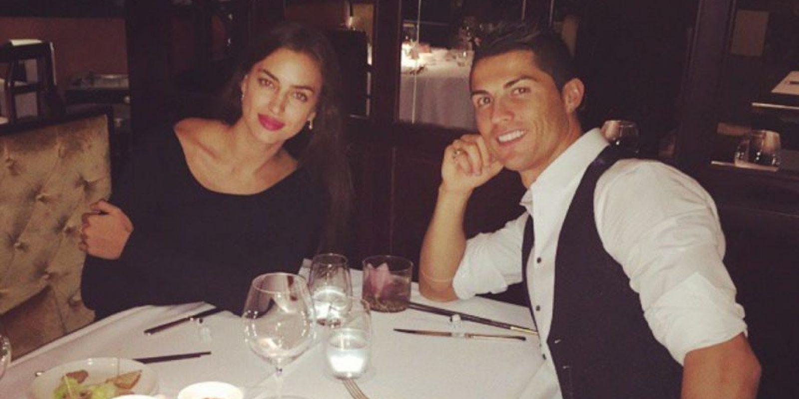 Se habla de que infidelidades por ambas partes, o la mala relación de la rusa con la madre del futbolista, terminaron con el amor. Foto:Instagram @Cristiano