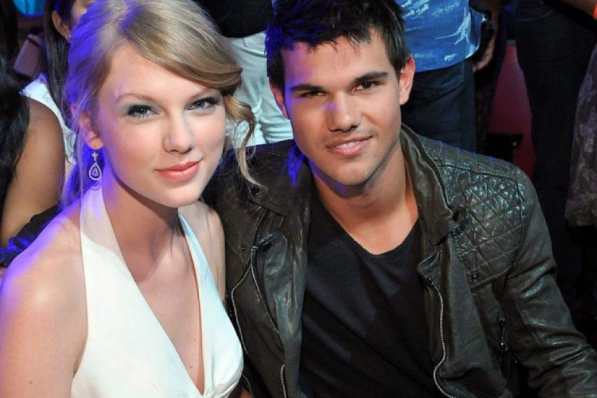 Taylor Swift y Taylor Lautner Foto:Agencias
