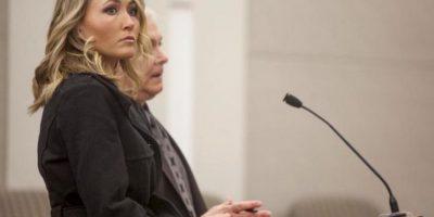 Brianne Altice tuvo sexo con tres estudiantes en la secundaria Davis, en Utah, hace dos años. Foto:AP